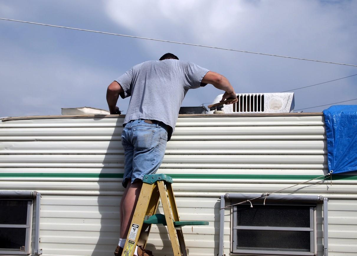 Top DIY RV Service Tips
